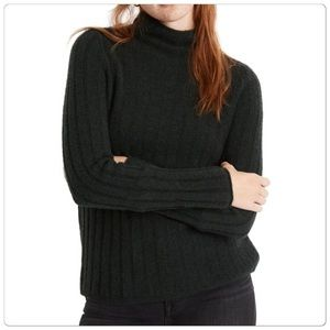 Cute and comfy sweater from Madewell! NWT!